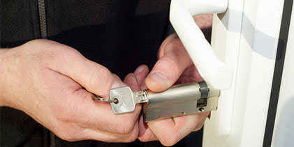Locksmith service in Miami Florida