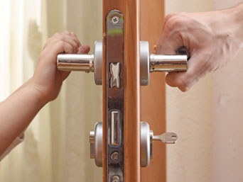 Miami residential locksmith service